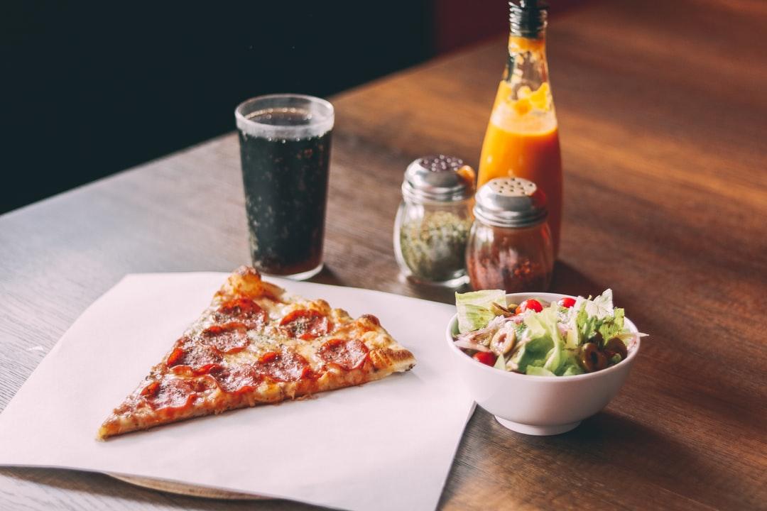 Jaki sos wybrać do pizzy? Sprawdź nasz ranking!