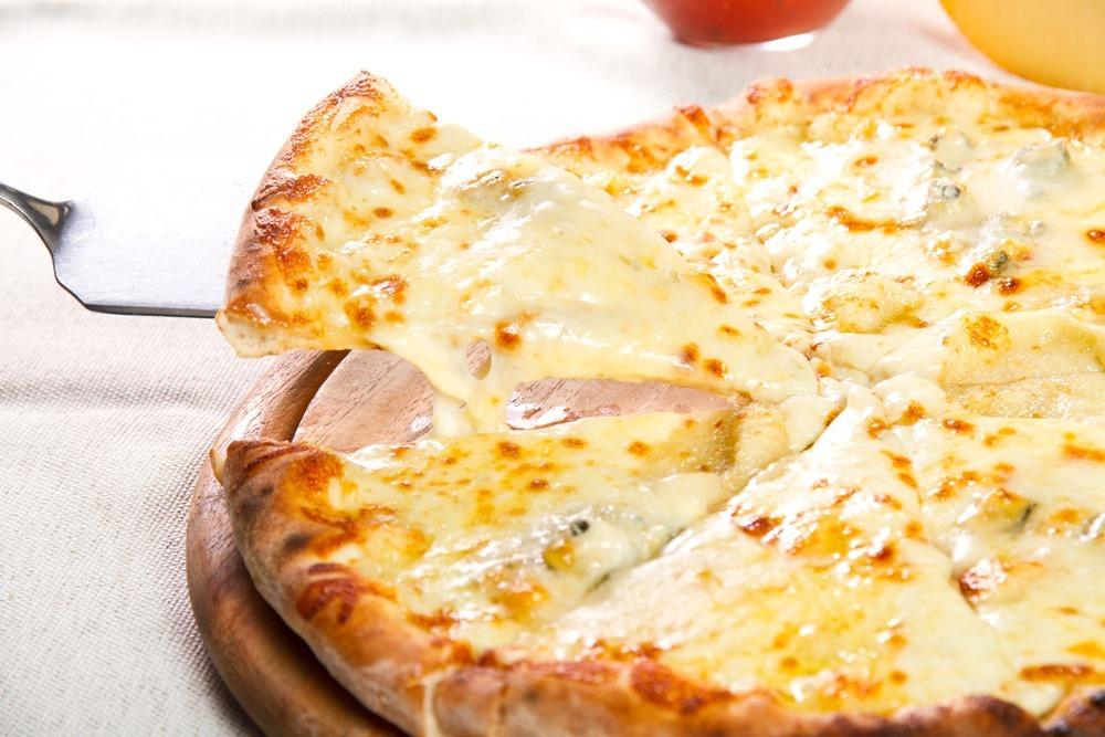 Pizza jak z pizzerii - co to właściwie oznacza?