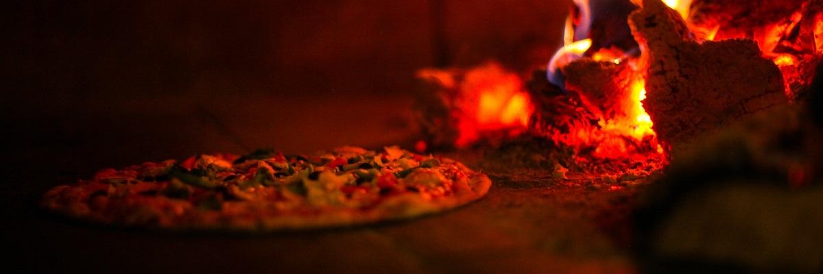Pizza jak z pizzerii - piec do pizzy. Czym się charakteryzuje?