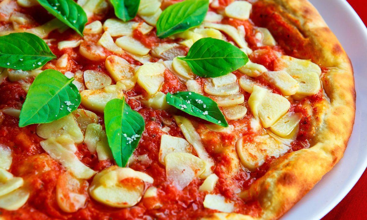 Pizza na przestrzeni wieków