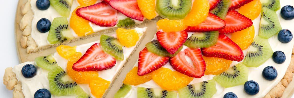 Pizza z dodatkami owocowymi - jakie warianty są smaczne?