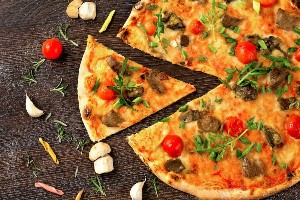 Zamawiamy pizzę, czyli jak przekonać nieprzekonanego do pizzy?